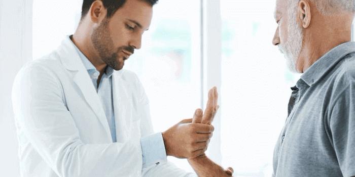 Rheuma Therapie und Behandlung